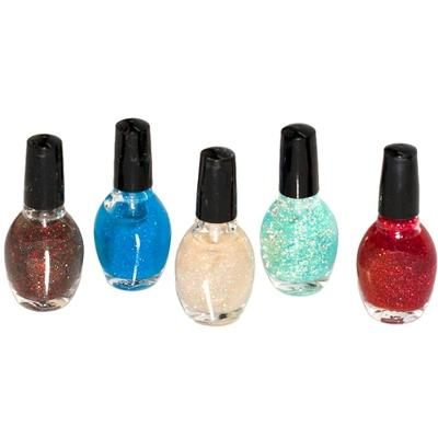 Click to get Holiday Nail Polish Kit